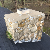 Stone chimney before repair